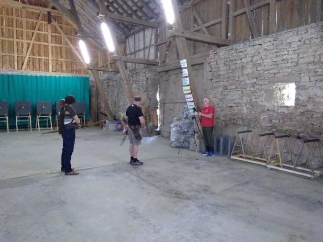 Bogenschützen werden mit Video aufgenommen